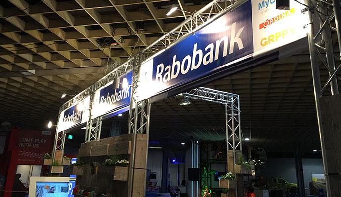 rabobank-restyle-standbouw-steigerhout-vintage-duurzaam-1o