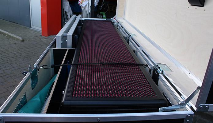 eneco-ballonnen-uitdeelactie-duurzame-activatie-duurzaam-energiestation-reclame-zonne-energie-f